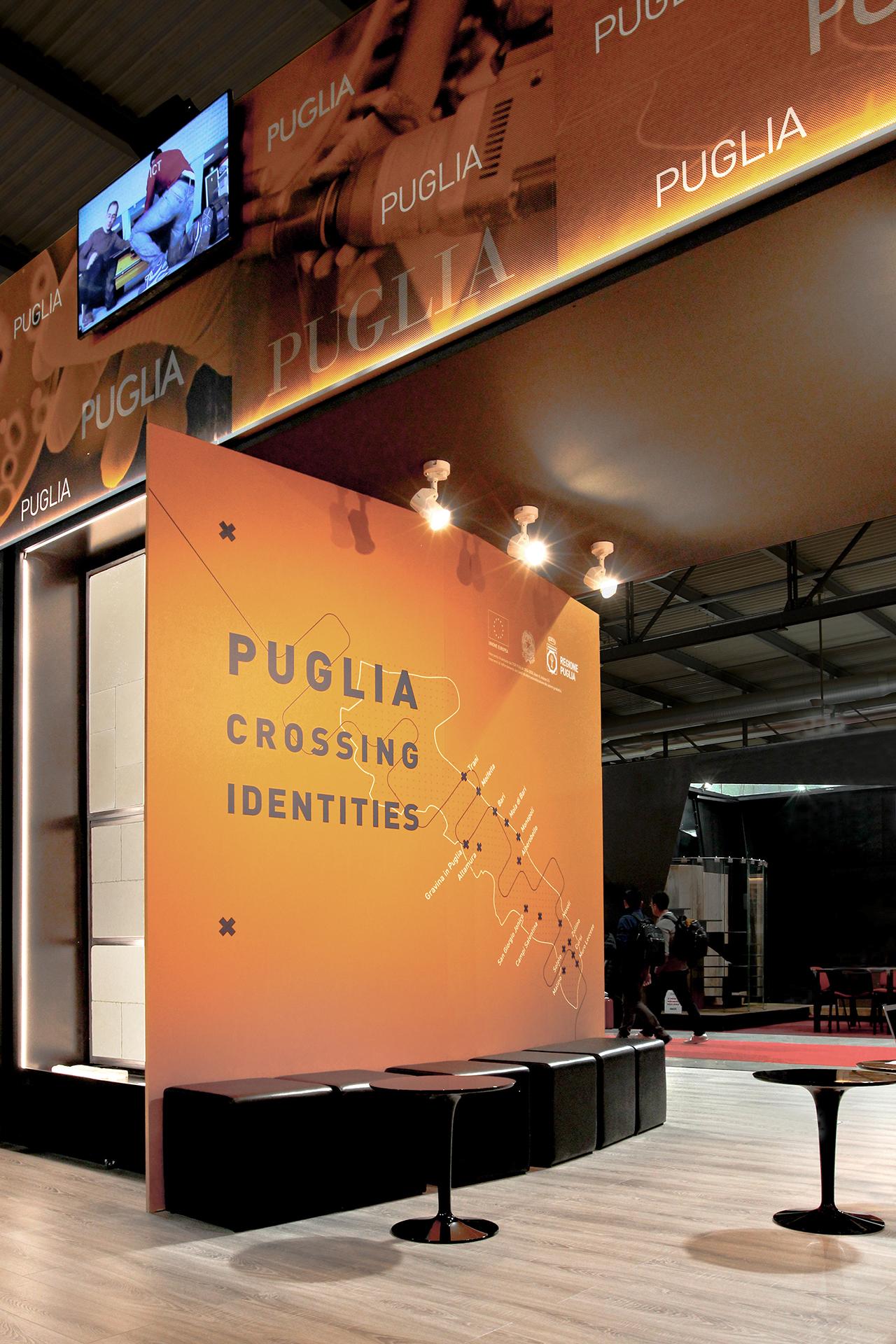 04_puglia_crossing_identities