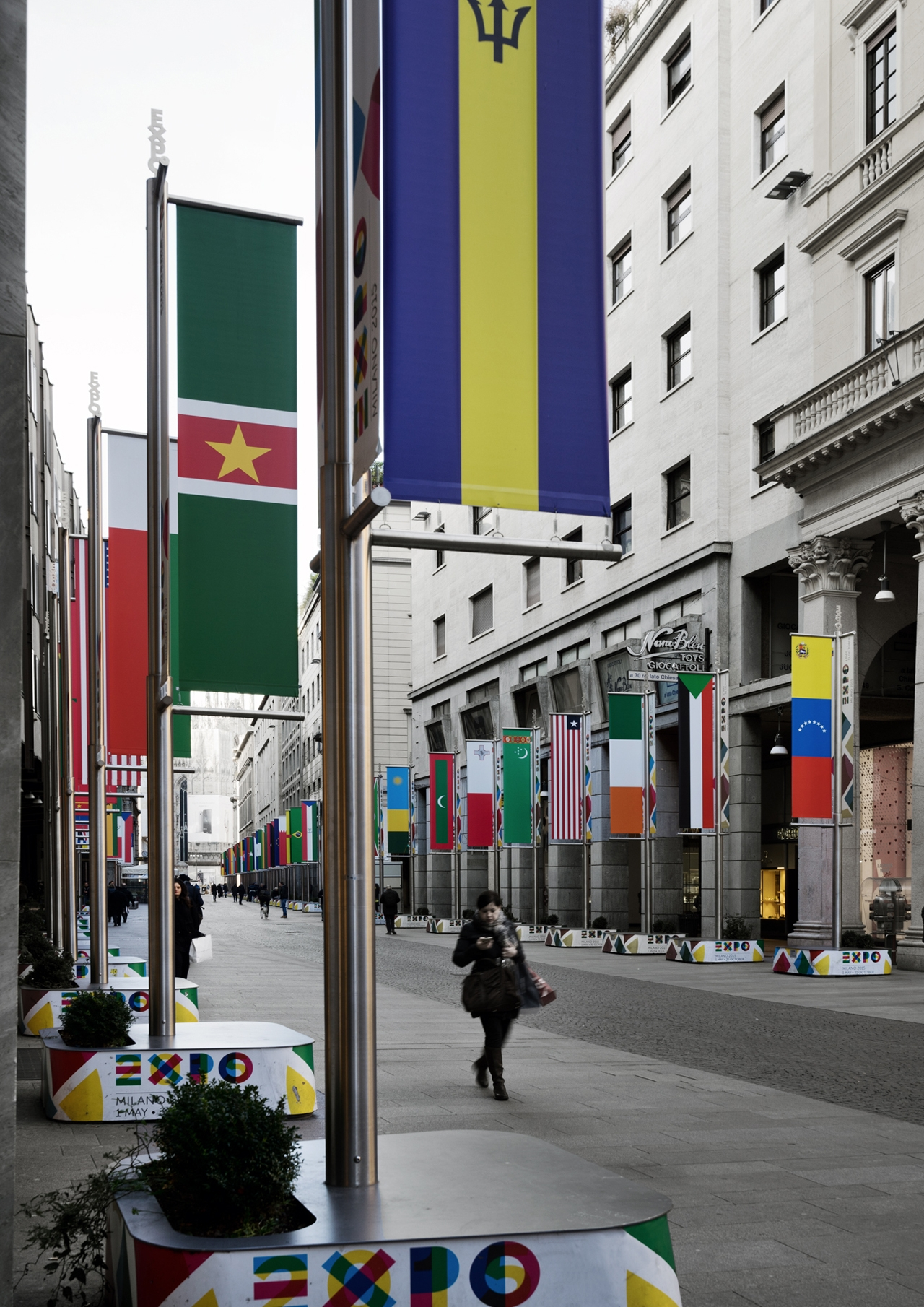 flags-boulevard_dsc04946_photo-by-andrea-martiradonna