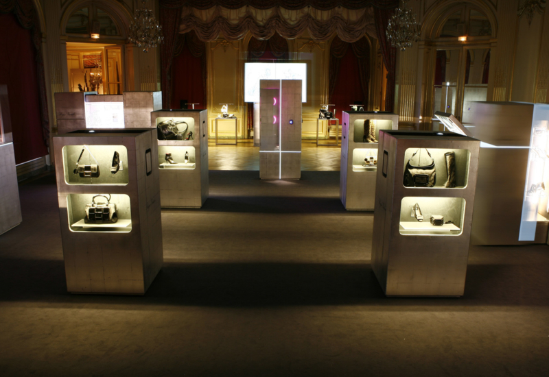 roger-vivier_magic-boxes-04
